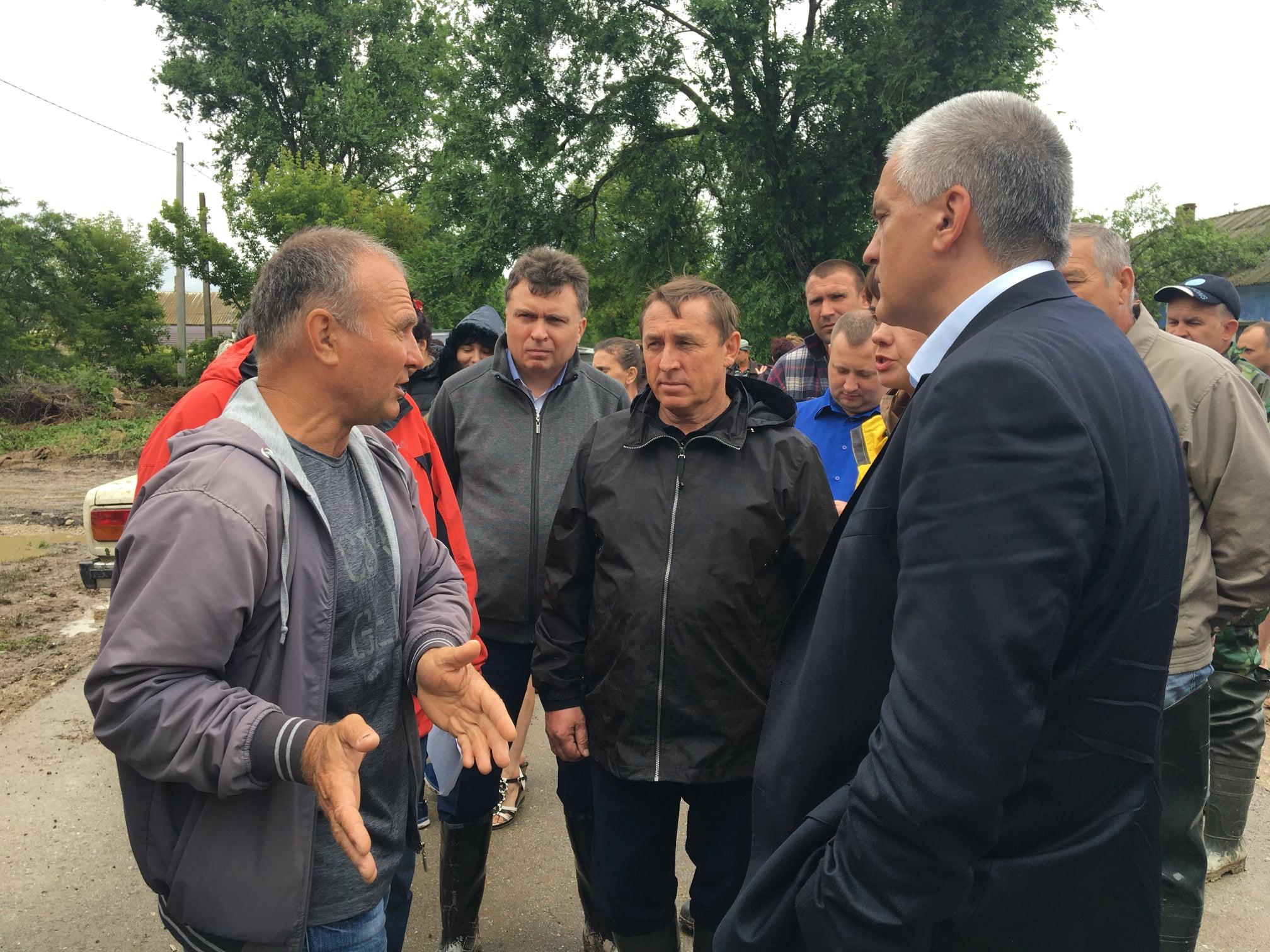 Человек дождя: ливень в Крыму может «потопить» Сергея Аксенова